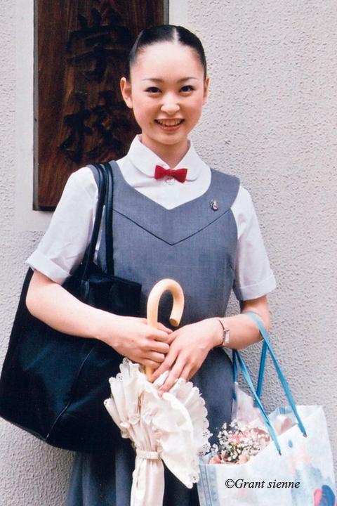 宝塚音楽学校本科時代(2003年)の瞳ゆゆ先生の写真