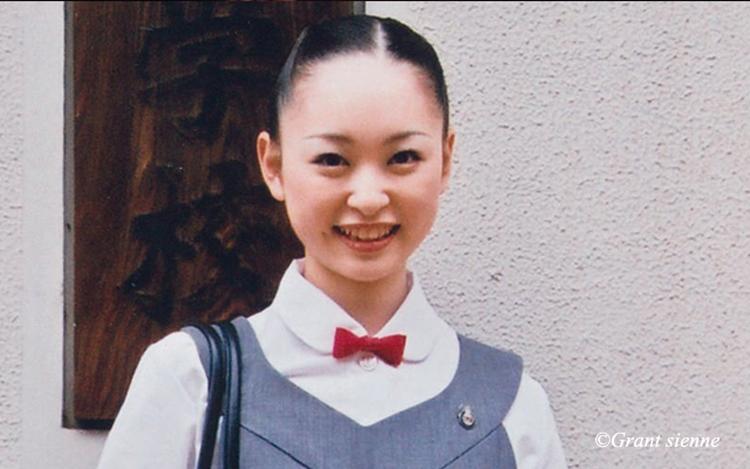 宝塚音楽学校の瞳ゆゆ先生の写真